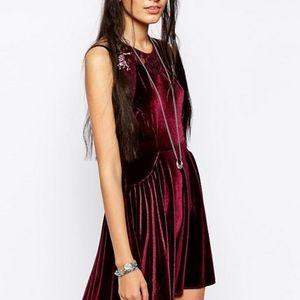 🎉HP Free People nightshade burgundy skater dress